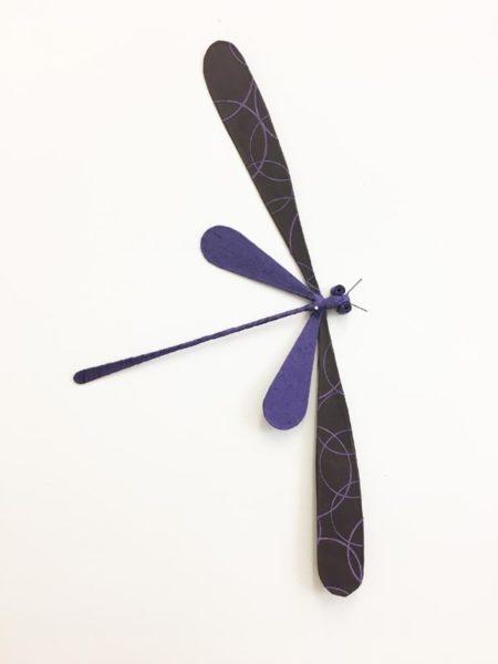 libellule violette décoration murale
